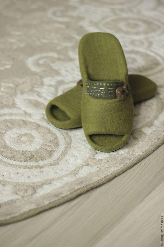 """Обувь ручной работы. Ярмарка Мастеров - ручная работа. Купить """"Сочная олива""""  тапочки валяные. Handmade. Оливковый, краснодар"""