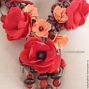 Украшения ручной работы. Ярмарка Мастеров - ручная работа Колье с цветами из фоамирана и бусинами, красный коралловый коричневый. Handmade.