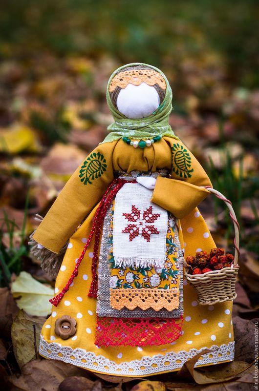 """Народные куклы ручной работы. Ярмарка Мастеров - ручная работа. Купить Кукла-оберег """"Берегиня"""". Handmade. Желтый, оберег"""