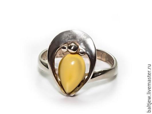 Кольцо с янтарем `Балтийский закат` Серебро 875 пробы. Натуральный балтийский янтарь. Размер кольца — 16