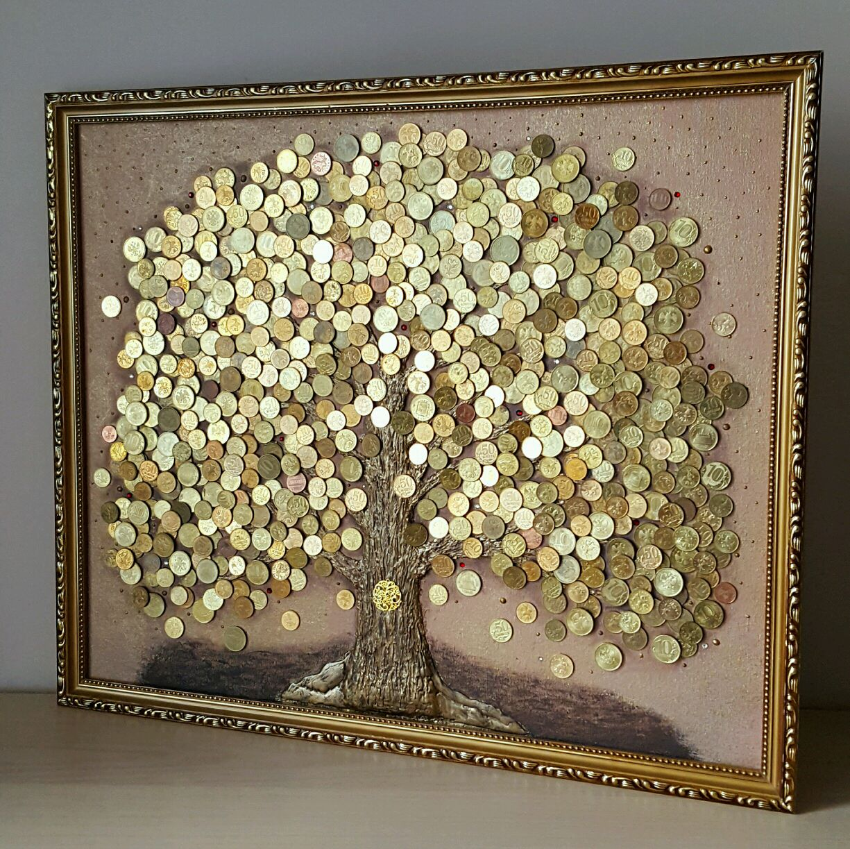 Денежное дерево на картине фото