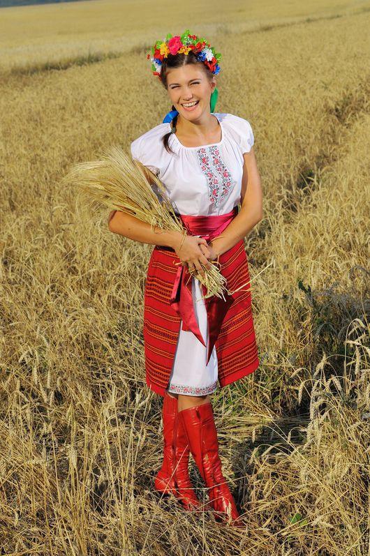 Этническая одежда ручной работы. Ярмарка Мастеров - ручная работа. Купить Костюм Украиночка арт. 1115. Handmade. Ярко-красный
