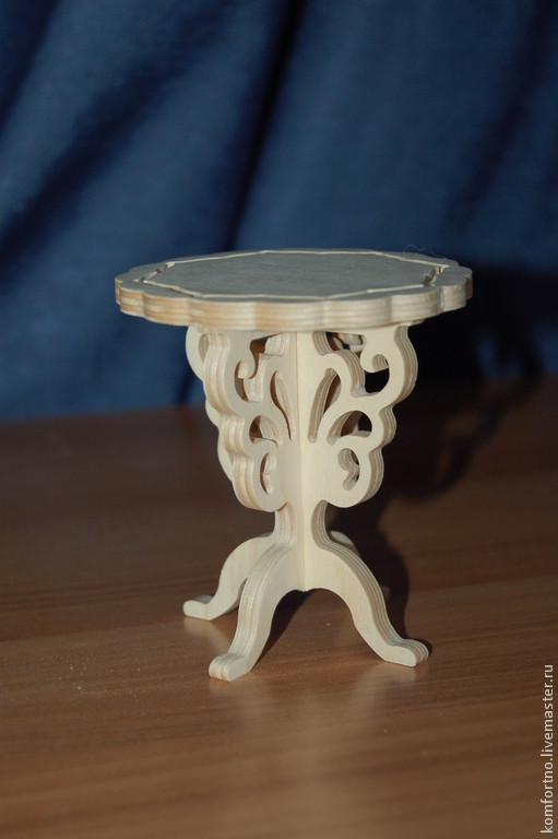 A doll's stool.Blank for decoupage and painting. 189