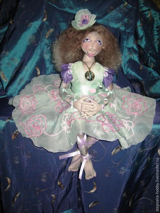 Коллекционные куклы ручной работы. Ярмарка Мастеров - ручная работа. Купить Авторская интерьерная кукла Эллина. Handmade. Салатовый