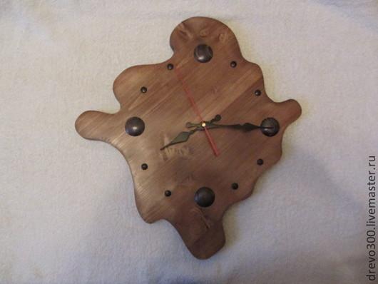 Часы для дома ручной работы. Ярмарка Мастеров - ручная работа. Купить Часы. Handmade. Коричневый, рыбы, сосна, лак