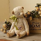 Куклы и игрушки ручной работы. Ярмарка Мастеров - ручная работа Мишка Лорд , 18 см, вискоза. Handmade.