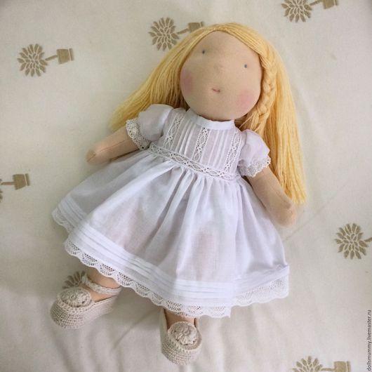 Вальдорфская игрушка ручной работы. Ярмарка Мастеров - ручная работа. Купить Вальдорфская кукла с комплектом одежды. Handmade. Вальдорфская кукла