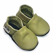 Обувь ручной работы handmade. Livemaster - original item Green Baby Shoes, Olive Booties, Soft Sole Baby Shoes, Ebooba. Handmade.