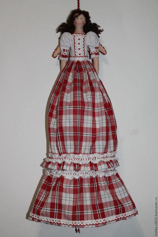 Куклы Тильды ручной работы. Ярмарка Мастеров - ручная работа. Купить Кукла-пакетница. Handmade. Ярко-красный, холлофайбер, бисер