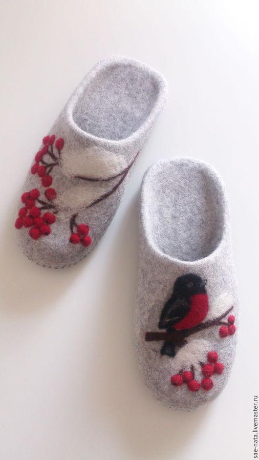Обувь ручной работы. Ярмарка Мастеров - ручная работа. Купить Валяные тапочки- шлепанцы  женские серые. Handmade. Валяные тапочки