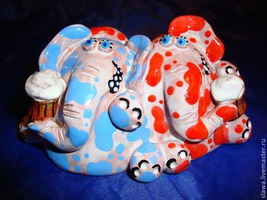 """Статуэтки ручной работы. Ярмарка Мастеров - ручная работа. Купить """"Теплые"""" слоники. Handmade. Белый, слон, компания, ангоб"""