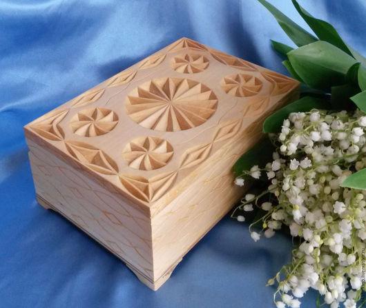"""Шкатулки ручной работы. Ярмарка Мастеров - ручная работа. Купить Шкатулка для украшений """"Весна"""" деревянная резная, денежная шкатулка. Handmade."""