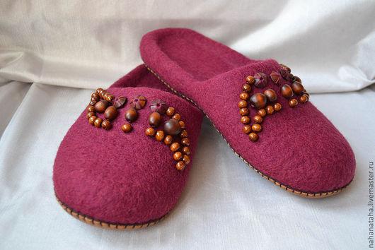 """Обувь ручной работы. Ярмарка Мастеров - ручная работа. Купить Тапочки-шлепки войлочные """"Красное дерево""""2. Handmade. Бордовый"""