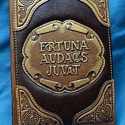"""Канцелярские товары handmade. Livemaster - original item Кожаный блокнот """"FORTUNA AUDACES JUVAT"""" (Ежедневник в кожаной обложке). Handmade."""