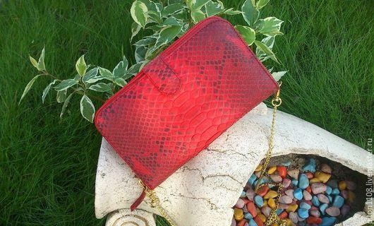 Женские сумки ручной работы. Ярмарка Мастеров - ручная работа. Купить Клатч из натуральной кожи питона. Handmade. Клатч