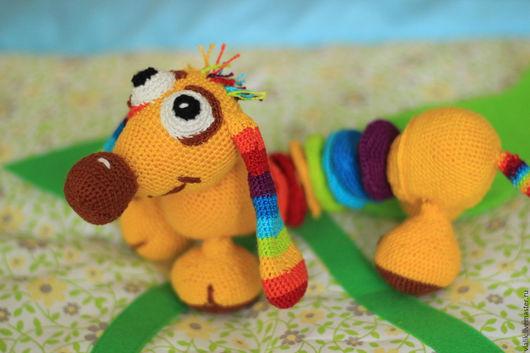 Развивающие игрушки ручной работы. Ярмарка Мастеров - ручная работа. Купить Радужная такса. Handmade. Вязаная игрушка, развивающая игрушка