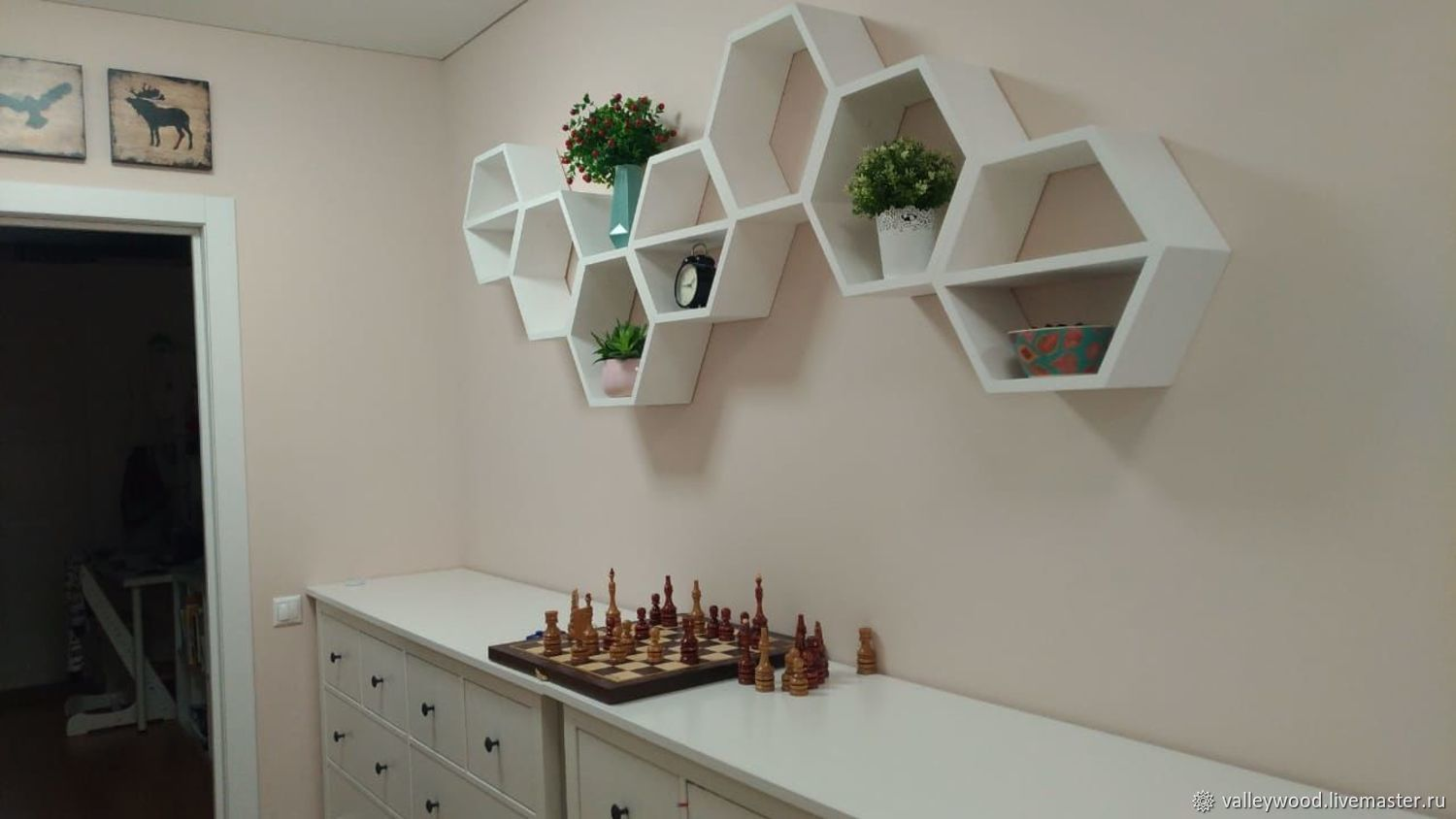 Shelves honeycomb on the wall color white, Shelves, Tolyatti,  Фото №1