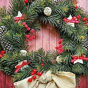 Подарки к праздникам ручной работы. Ярмарка Мастеров - ручная работа Венок новогодний Рождественский на дверь на стену новый год 2018 Рожде. Handmade.