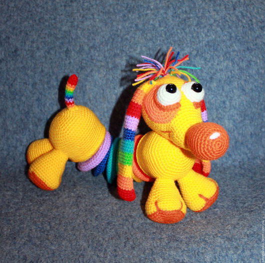 Игрушки животные, ручной работы. Ярмарка Мастеров - ручная работа. Купить Такса Радужка. Развивающая игрушка. Собака вязаная. Handmade.