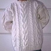 Одежда ручной работы. Ярмарка Мастеров - ручная работа Белый свитер с аранами для мальчика. Handmade.