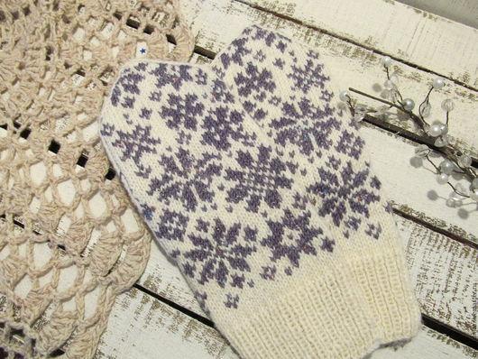 Варежки, митенки, перчатки ручной работы. Ярмарка Мастеров - ручная работа. Купить Варежки вязаные с орнаментом Зимнее утро белые. Handmade.