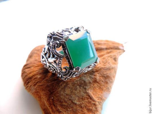 Кольца ручной работы. Ярмарка Мастеров - ручная работа. Купить 18,5 Серебряное Кольцо с зеленым ониксом. Handmade. украшения