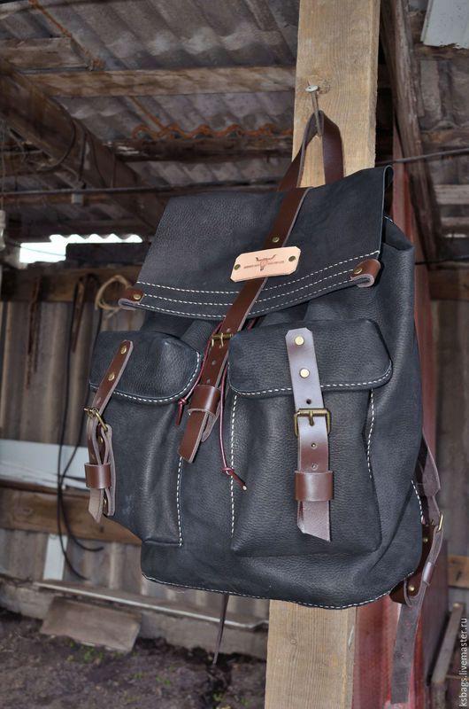 Рюкзаки ручной работы. Ярмарка Мастеров - ручная работа. Купить Мужской рюкзак. Handmade. Черный, винтаж, резьбовые заклепки