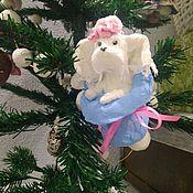 Куклы и игрушки ручной работы. Ярмарка Мастеров - ручная работа Ватная ёлочная игрушка Собака- символ наступающего Нового года. Handmade.