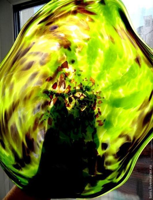 """Элементы интерьера ручной работы. Ярмарка Мастеров - ручная работа. Купить Стеклянная тарелка """"Зеленая симфония"""" на стену. Handmade. Стекло"""