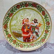 """Подарки к праздникам ручной работы. Ярмарка Мастеров - ручная работа Тарелка """"Дед Мороз и снеговик"""". Handmade."""