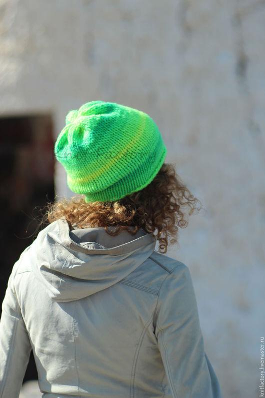 """Шапки ручной работы. Ярмарка Мастеров - ручная работа. Купить Шапочка """"Неон"""". Handmade. Ярко-зелёный, шапочка женская"""