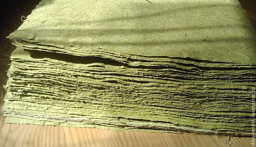 handmade paper casting, handmade paper, paper made from herbs, hand-tide, hand cast paper, handmade paper, paper hand wychocki, Alla Podolyak, Wild Heather, workshop paper