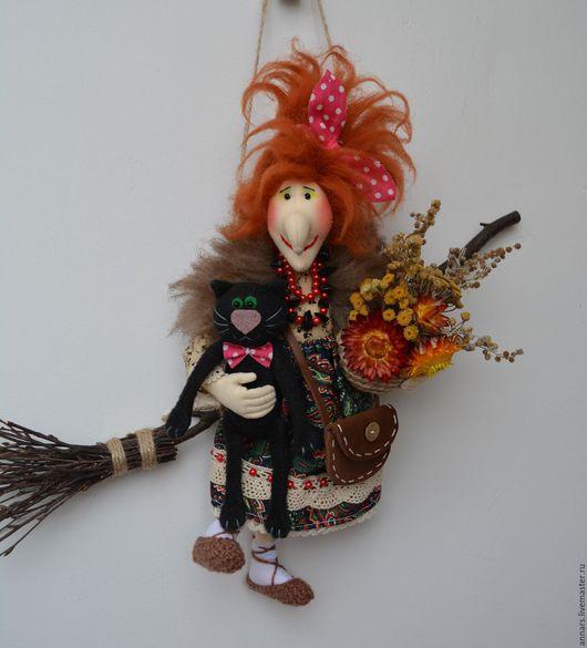 Сказочные персонажи ручной работы. Ярмарка Мастеров - ручная работа. Купить Бабулька с чёрным котом. Handmade. Яга, текстильная кукла