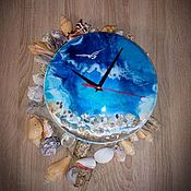 "Часы ручной работы. Ярмарка Мастеров - ручная работа Resin-art часы ""Чайка над морем"". Handmade."