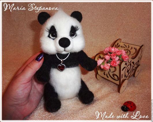 Игрушки животные, ручной работы. Ярмарка Мастеров - ручная работа. Купить Малышка Панда -Валяная Панда. Handmade. Чёрно-белый