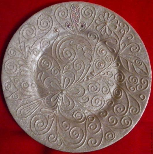Стеклянная тарелка в технике пейп-арт