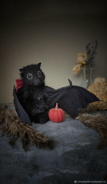 Игрушка из шерсти на Хэллоуин:летучая мышь Люсинда, Войлочная игрушка, Калининград,  Фото №1