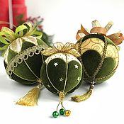 Подарки к праздникам ручной работы. Ярмарка Мастеров - ручная работа Набор новогодних шаров «Омела». Handmade.