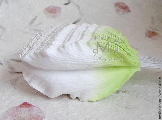 Лепестки лилии сиренево-зеленые большие My Thai материалы для малбери флористики из Таиланда