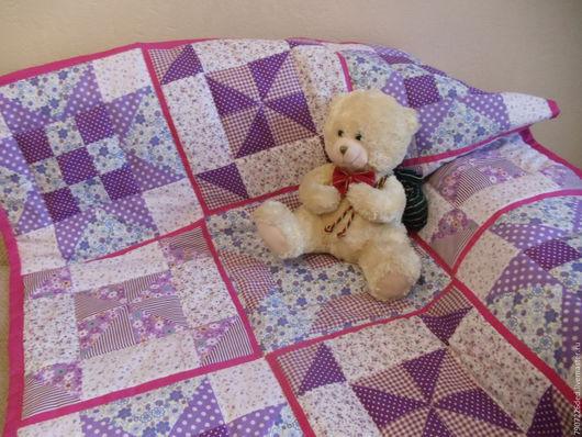 Пледы и одеяла ручной работы. Ярмарка Мастеров - ручная работа. Купить Детское лоскутное одеяло. Handmade. Фиолетовый, одеяло детское