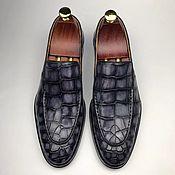 Обувь ручной работы handmade. Livemaster - original item Men`s loafers, made of genuine crocodile leather, in dark gray color!. Handmade.