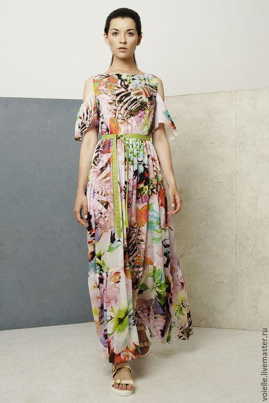 Платье с открытыми плечами в пол летнее легкое, из штапеля хлопок 100%, на жару нарядное, романтичное с цветочным рисунком