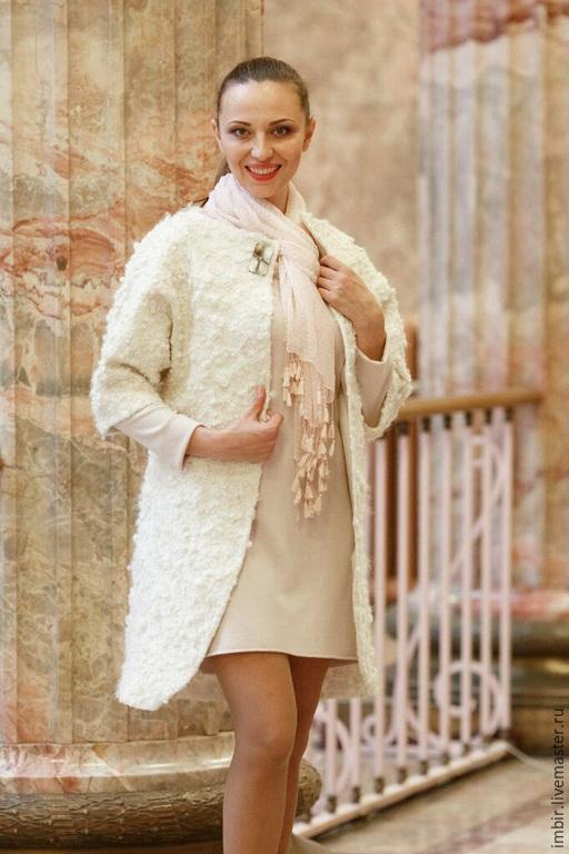 Верхняя одежда ручной работы. Ярмарка Мастеров - ручная работа. Купить Пальто Белое с флисом. Handmade. Белый, пальто с мехом
