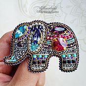 """Украшения ручной работы. Ярмарка Мастеров - ручная работа Брошь """"Индийский слоник """" из бисера и кристаллов. Handmade."""