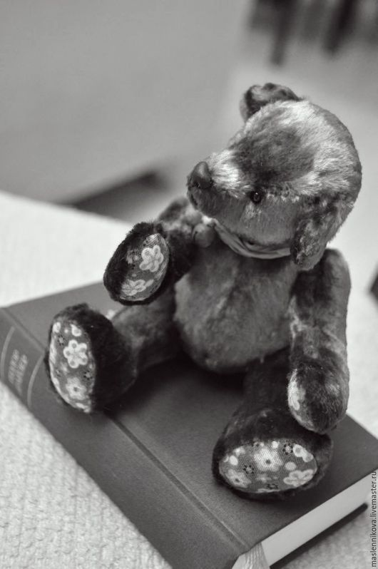 Мишки Тедди ручной работы. Ярмарка Мастеров - ручная работа. Купить Медведь Шарлотта (17см). Handmade. Бордовый, медведь, плюш