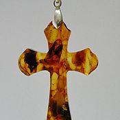 Крестик ручной работы. Ярмарка Мастеров - ручная работа Янтарный крестик R-136. Handmade.
