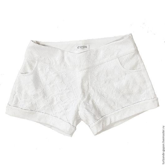 """Брюки, шорты ручной работы. Ярмарка Мастеров - ручная работа. Купить Гипюровые летние шорты """"Кружева"""" белые и черные. Handmade."""