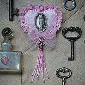 """Украшения ручной работы. Ярмарка Мастеров - ручная работа Брошь """" Pink """". Handmade."""