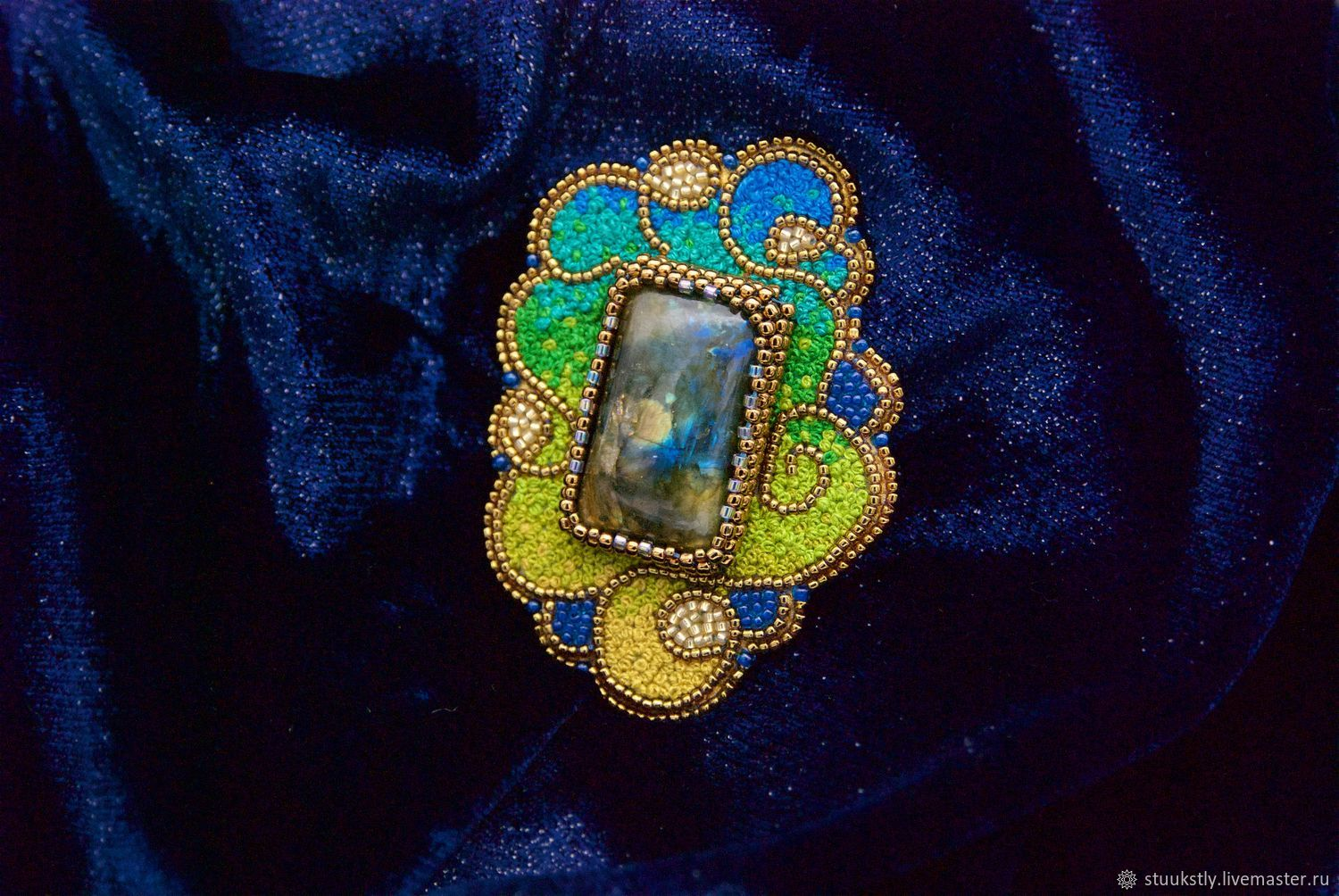 Brooch with labradorite bead and thread embroidered, Brooches, Moscow,  Фото №1