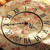 """Для дома и интерьера ручной работы. Ярмарка Мастеров - ручная работа Часы большие """"Ситцевые розы"""" Единственный экземпляр. Handmade."""
